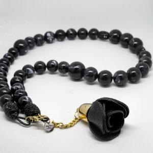 Collana Rosa nera